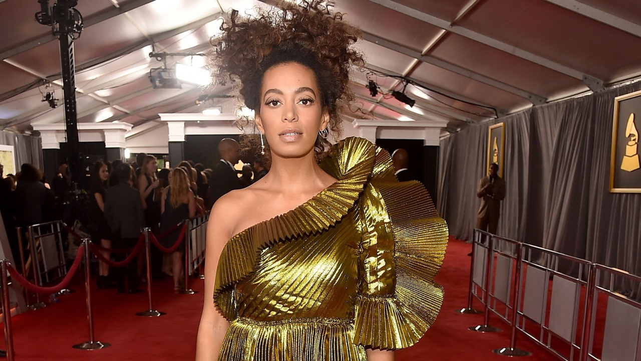 Solange's Makeup Artist On How To Get Her All Natural Grammys Look