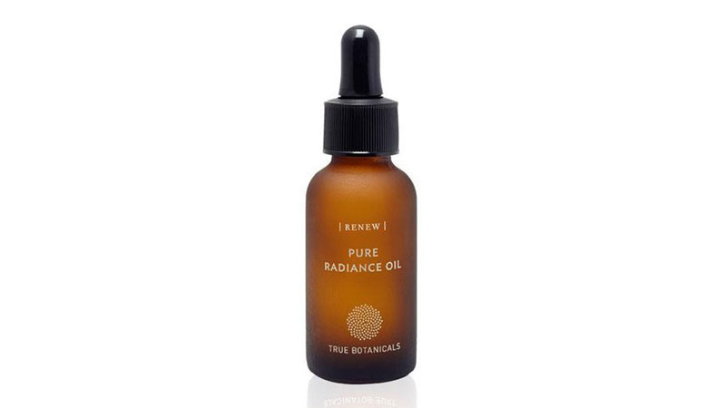 Our Features Editor S True Botanicals Pure Radiance Oil Review