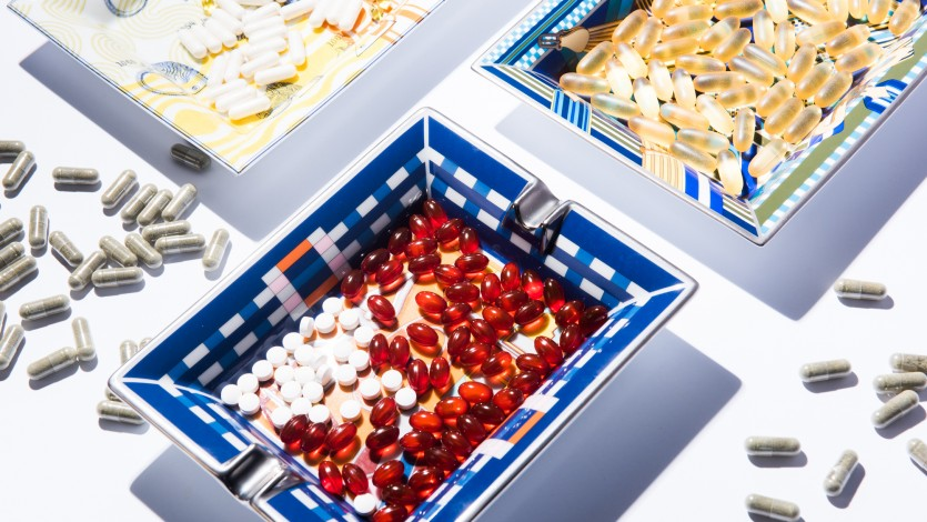 MD Sara Gottfried Talks the Differences Between Vitamins and Supplements