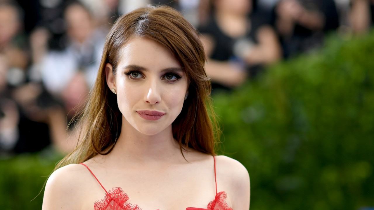 Emma Roberts Is Back to Blonde