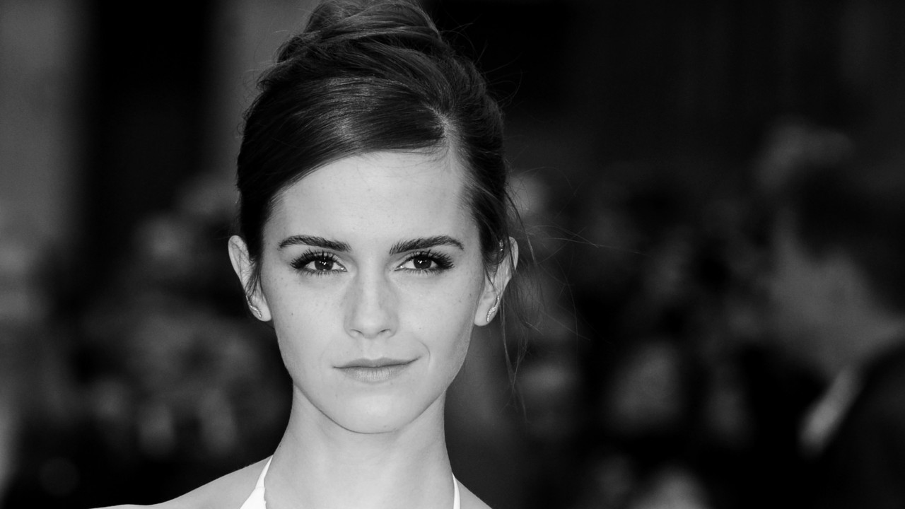 This Is What Emma Watson Just Deleted from Her Phone