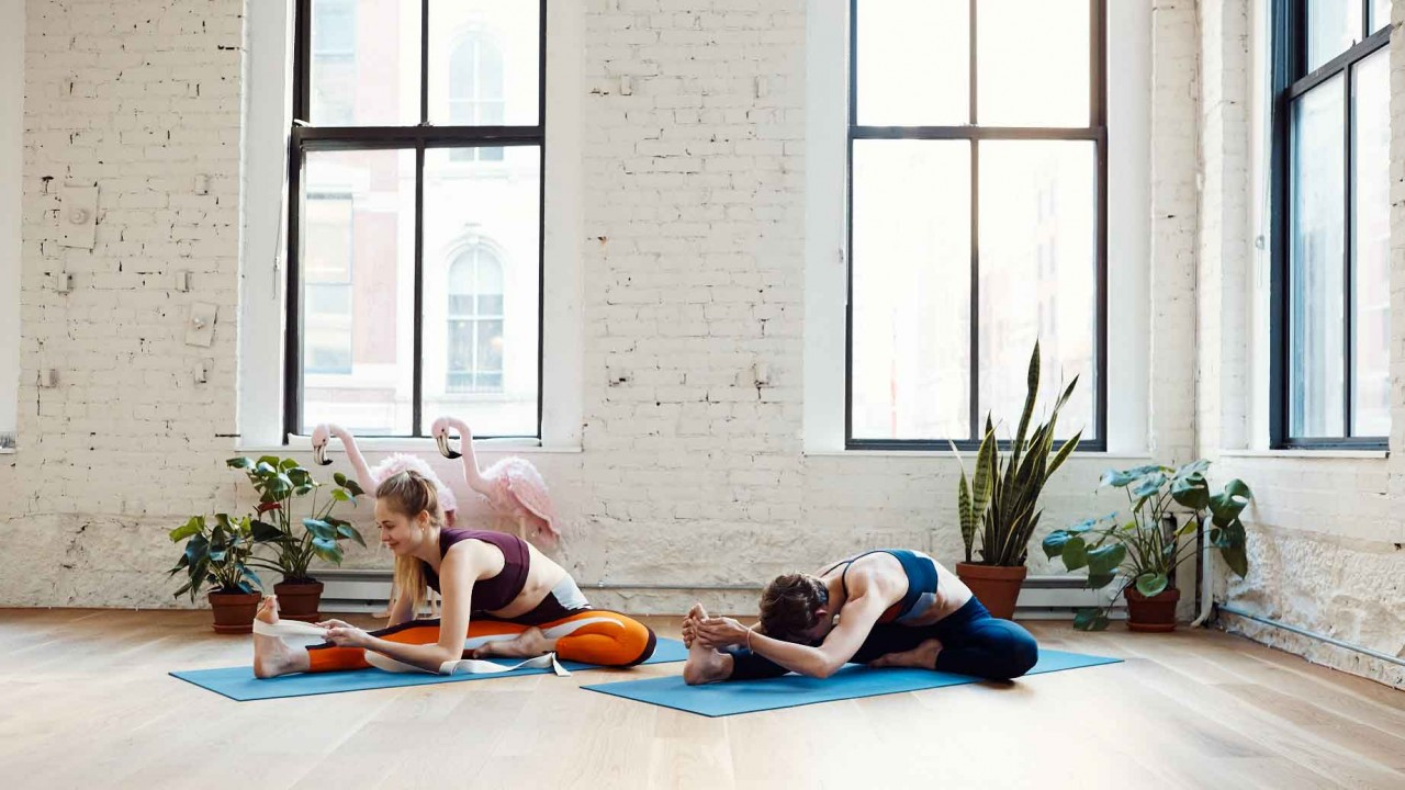 5 Yoga Stretches You Need to Know Before Going to Your Next Class