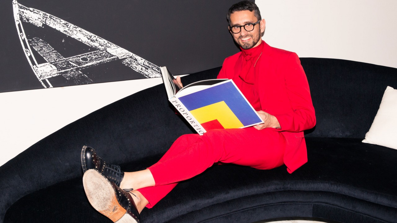 Fashion Editor Simone Marchetti Wears Pajamas to the Front Row
