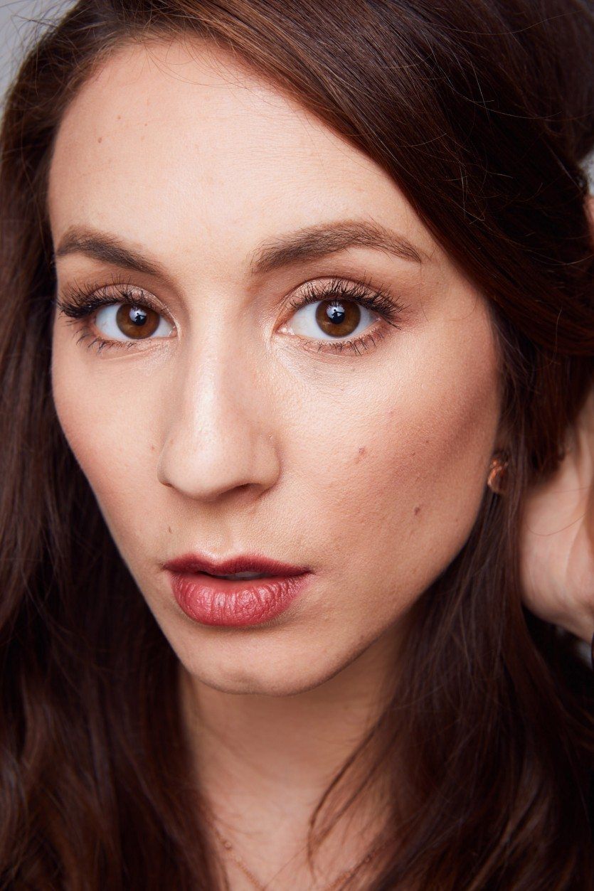Troian Bellisario On Pretty Little Liars Feed And Going Behind The