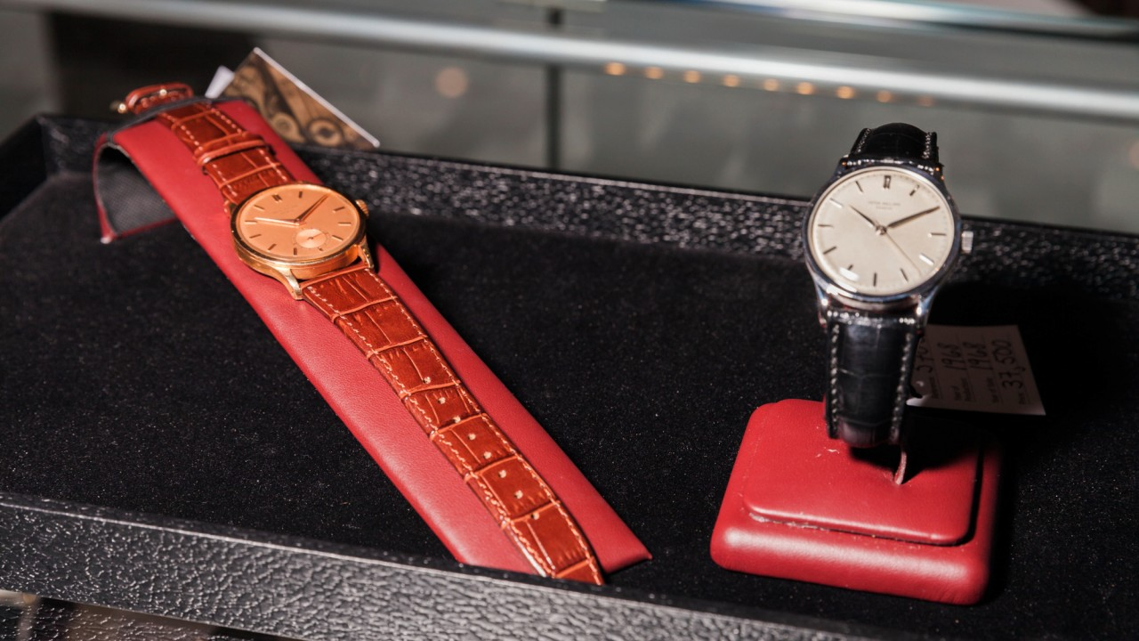 A Beginner's Guide to Buying & Collecting Vintage Watches
