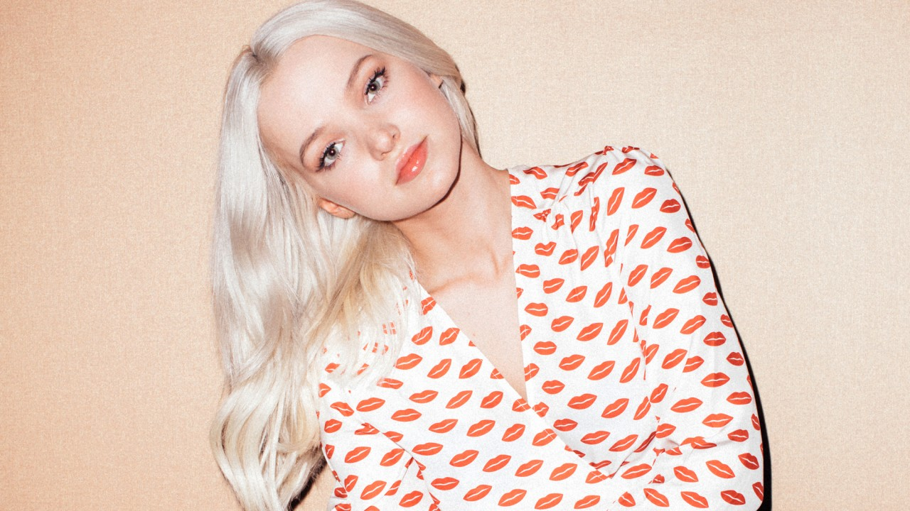 Dove Cameron Once Convinced Her Classmates That She Was a Vampire
