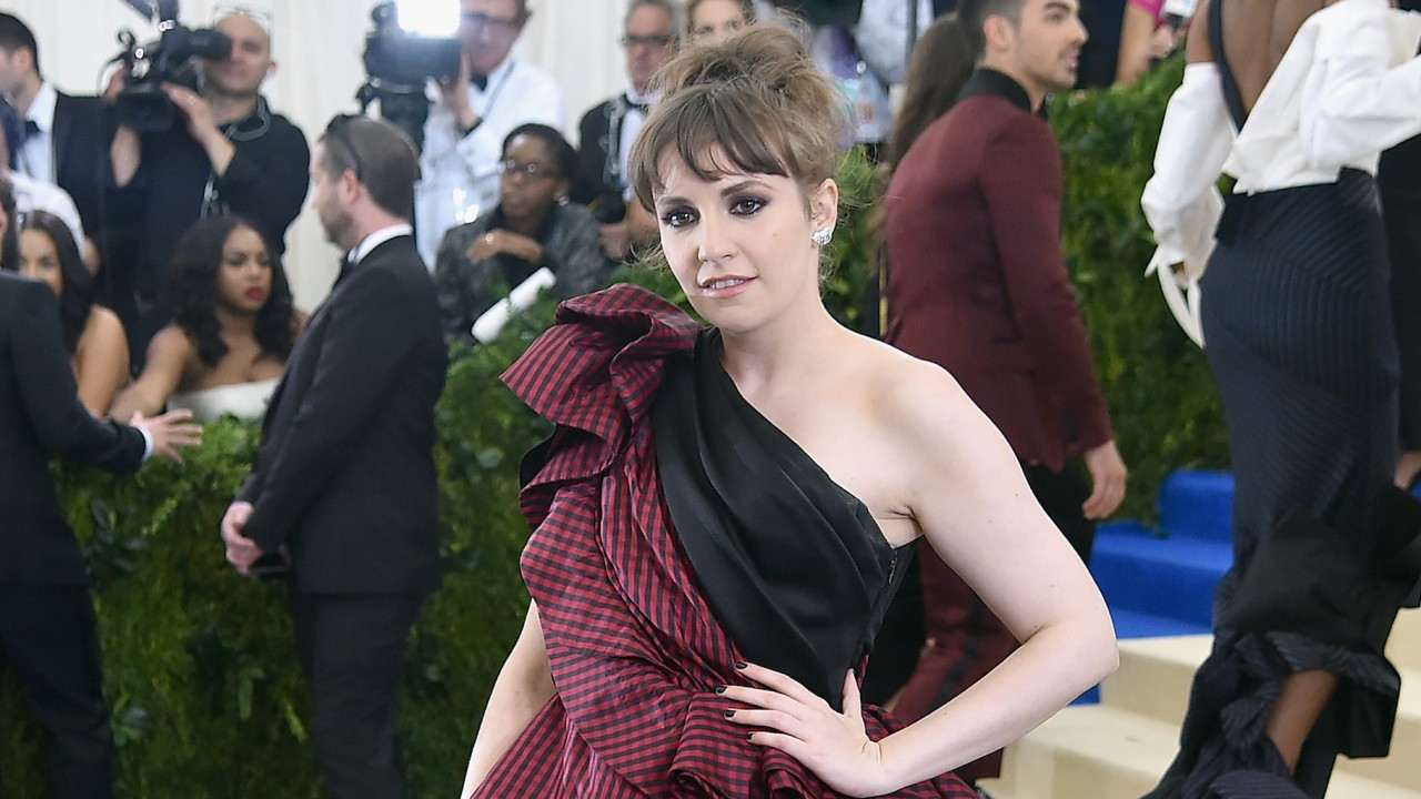 Lena Dunham Is Cleaning Out Her Closet to Support Planned Parenthood