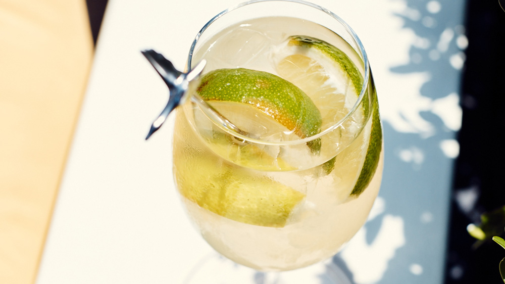 The Perfect Poolside Cocktail for Summer's Final Weekends