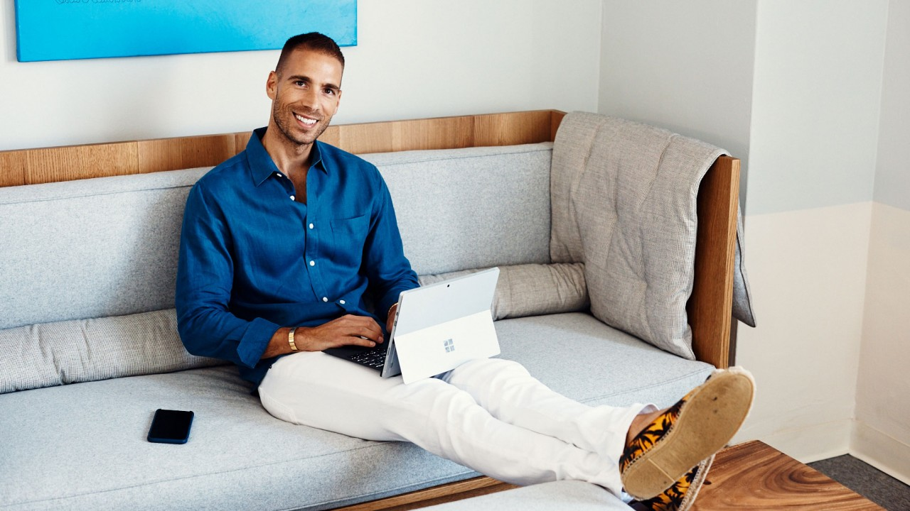 Meet Simon Huck, The High-Profile Celebrity Marketing Exec and The Kardashian's Best Friend
