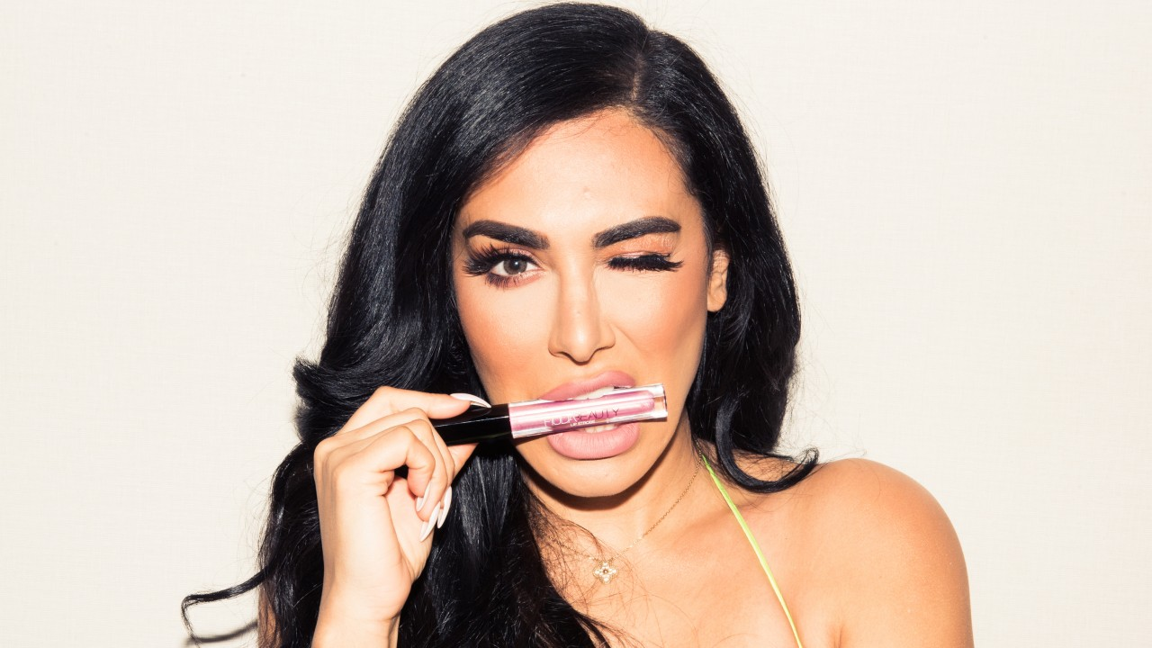 Everything We Found in Huda Kattan's Makeup Bag