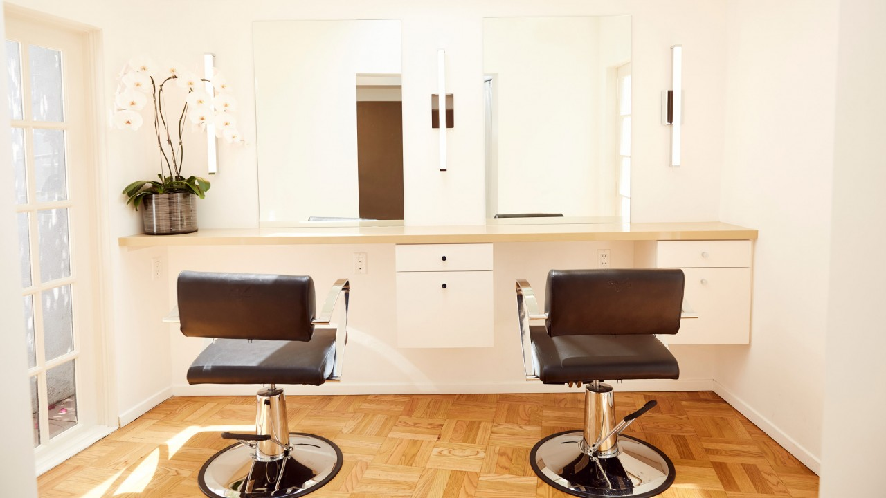The New Salon from Reese Witherspoon and Rosie Huntington-Whiteley's Stylist