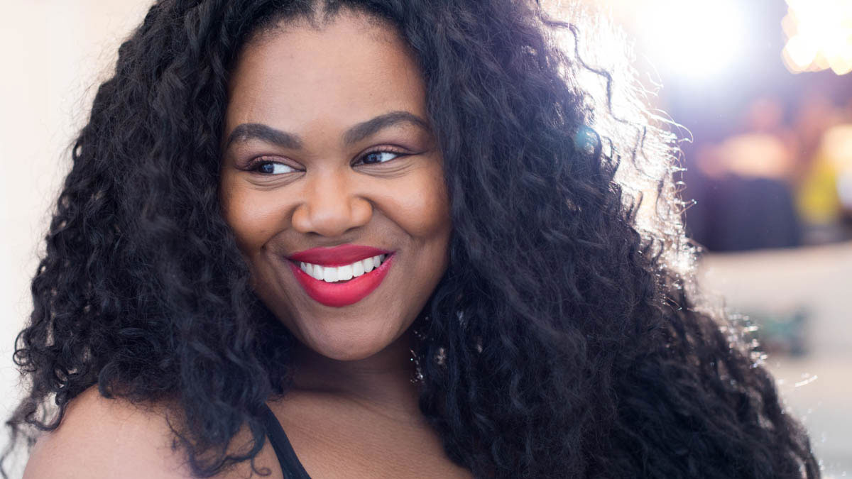 10 Makeup Artists of Color on Their Favorite Brands for WOC