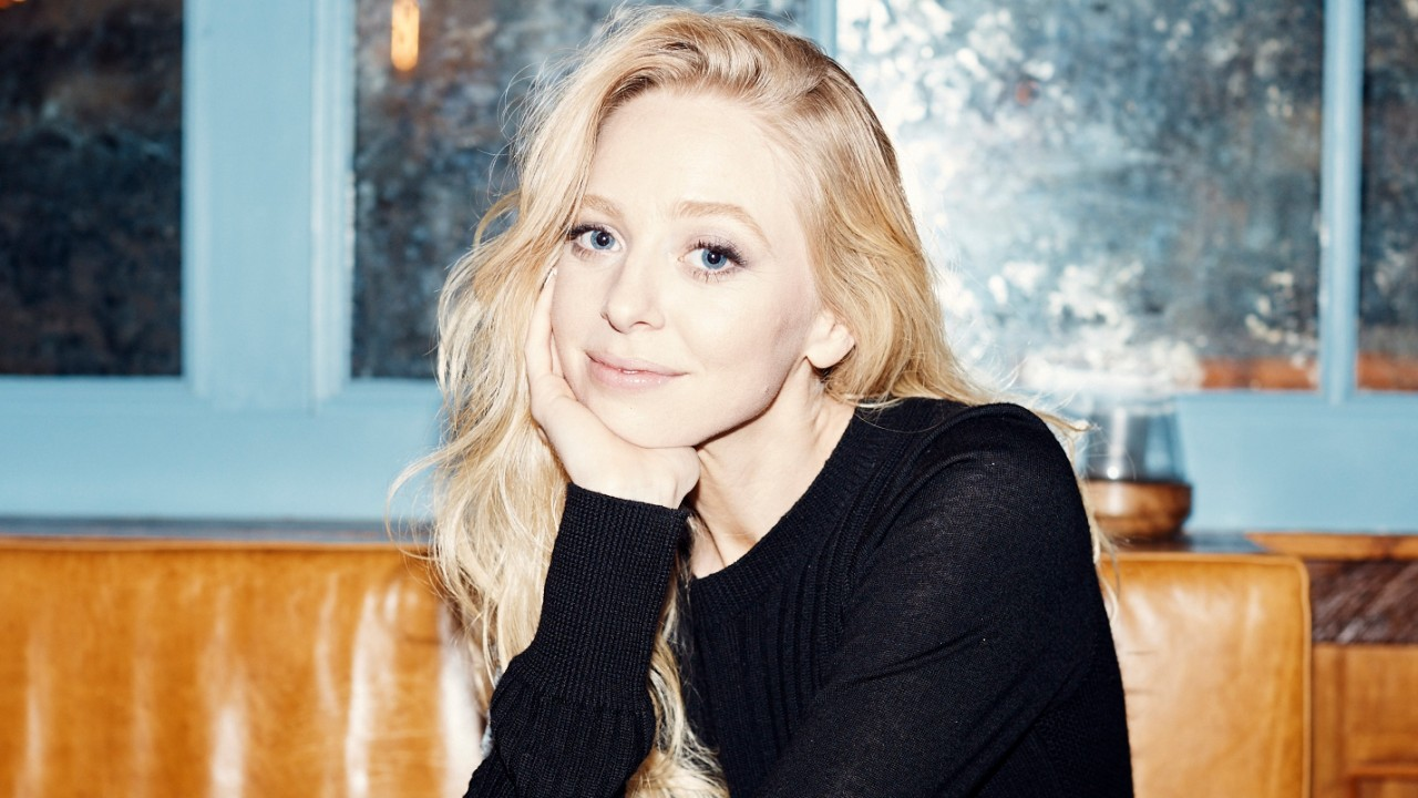 Why Mr. Robot Should Be Our Next Binge Watch, According to Portia Doubleday