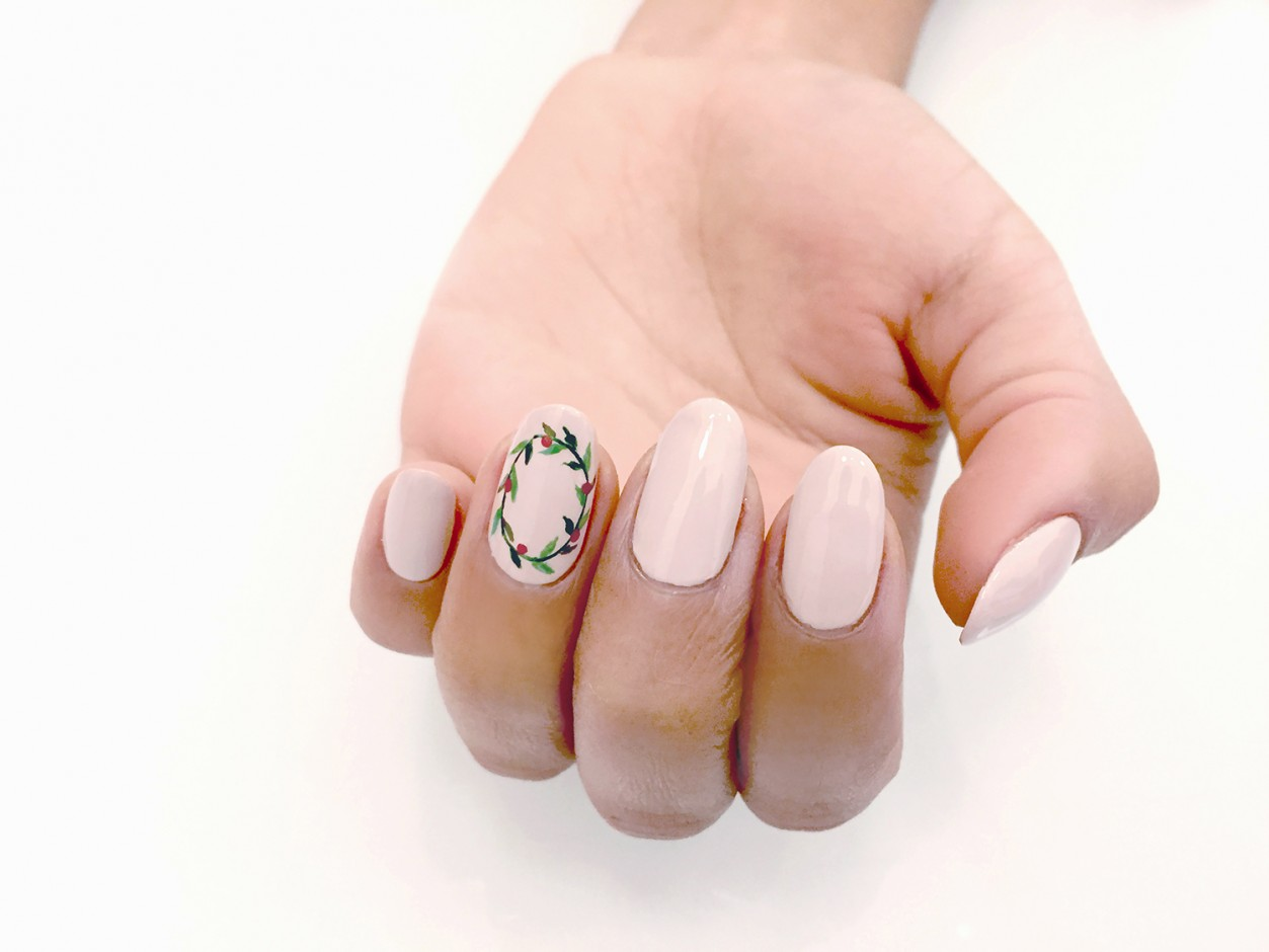 Olive & June Shares Non-Cheesy Holiday Nail Art Looks - Coveteur