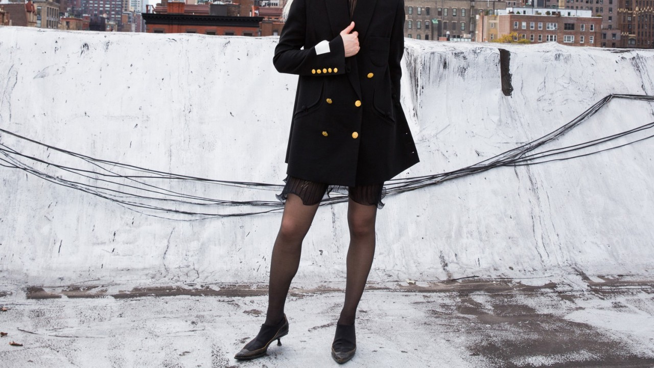 10 Ways to Make All Black Outfits Less Boring