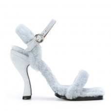 nicole saldana heel