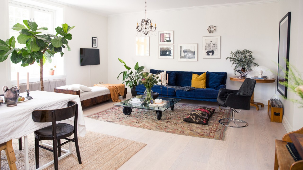 Inside a Minimalist Scandinavian Home Filled with Kilim Rugs and Vintage Furniture