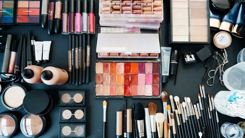 Fashion Week Beauty 2018: Makeup Tricks We Learned Backstage During Fashion Week
