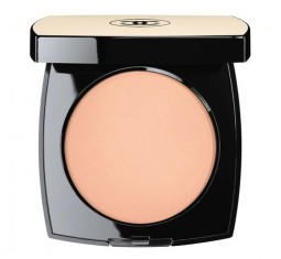Les Beiges Healthy Glow Sheer Colour SPF 15 by CHANEL