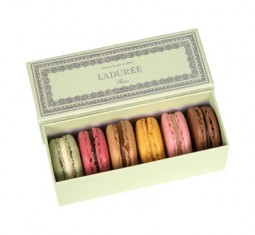 Napoléon Green Gift Box by Ladurée