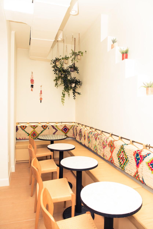 inside dez restaurant