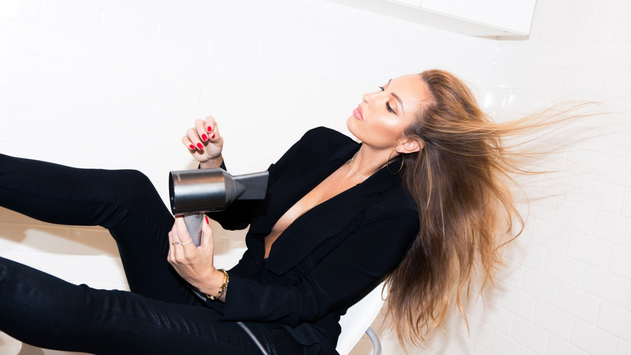 Meet the Celebrity Hair Stylist to EmRata, Jessica Alba, and Bella Hadid