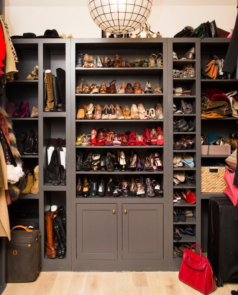 inside karen elson closet