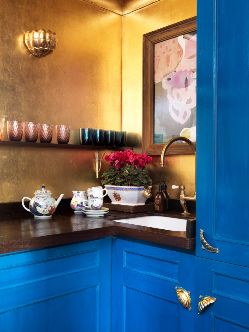 inside de gournay sisters london apartment