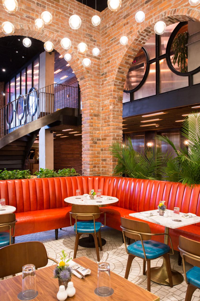 inside harvey restaurant williamsburg hotel