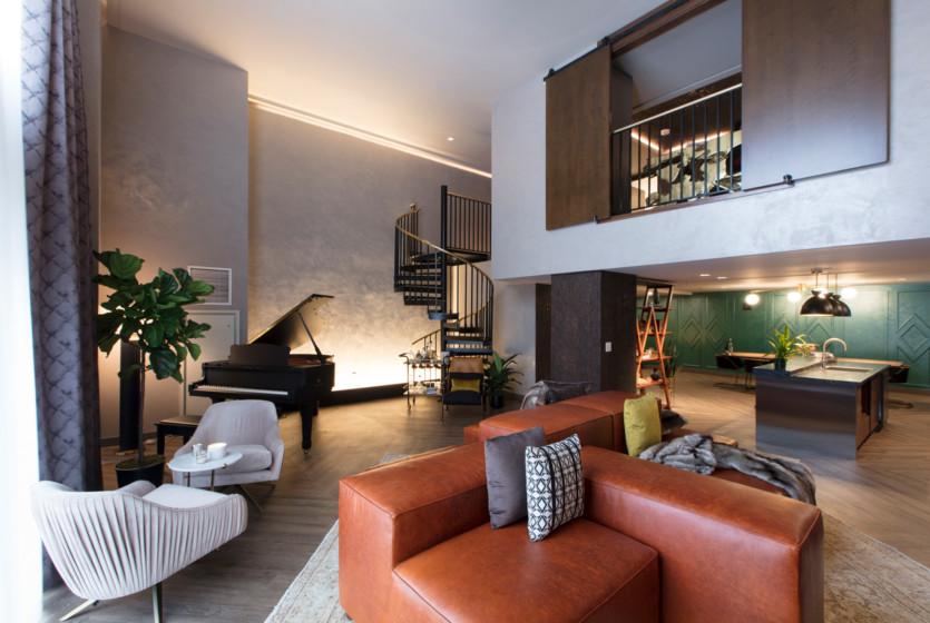 inside hutton hotel