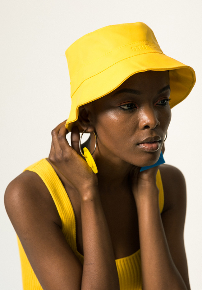 How to Style the Gen Z Yellow Trend That Replaced Millennial Pink ... 782d8b2f199d