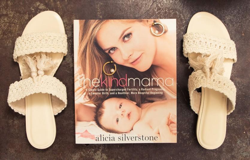 inside alicia silverstone closet