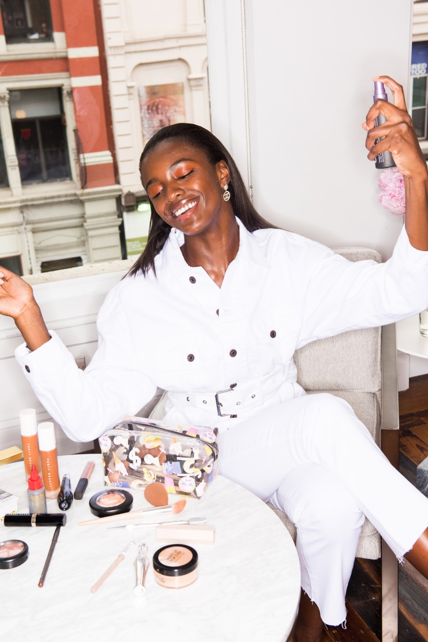 inside leomie anderson makeup bag
