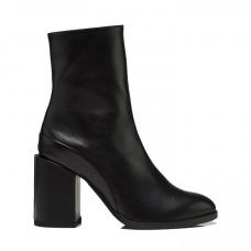 dear frances spirit boot