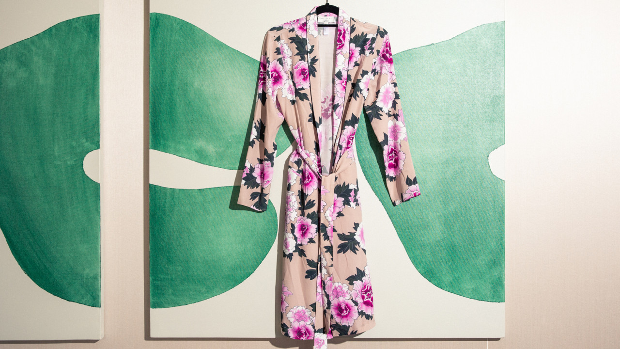 3 Ways to Style a Robe