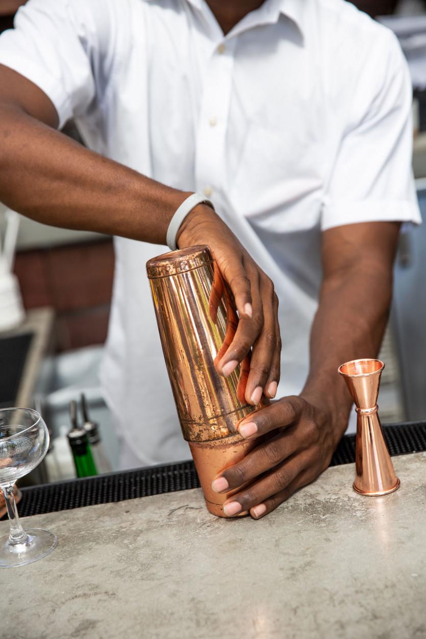 miami edition hotel strawberry shrub cocktail recipe