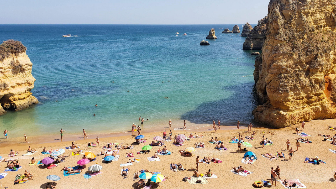 The Perfect 7-Day Road Trip Itinerary for Southern Portugal