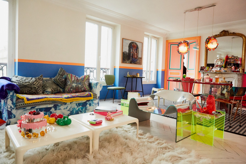 inside manish arora apartment