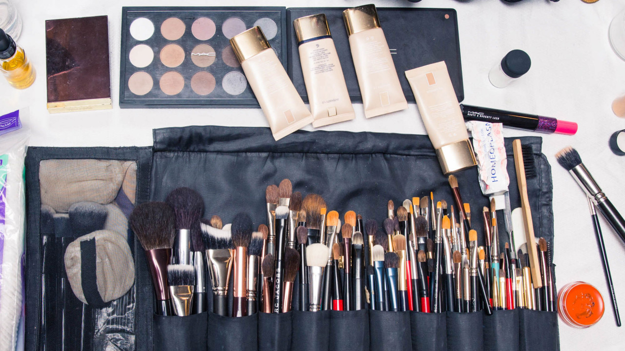 5 Beauty Trends We Spotted Backstage at New York Fashion Week