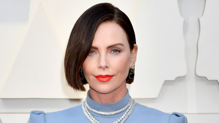 Charlize Theron Debuts New Hair on the 2019 Oscars Red Carpet