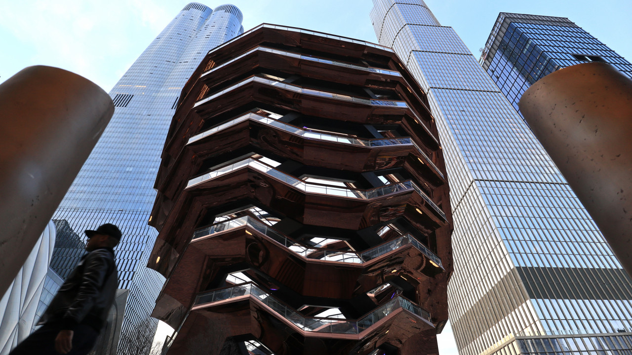 hudson yards retail center opens