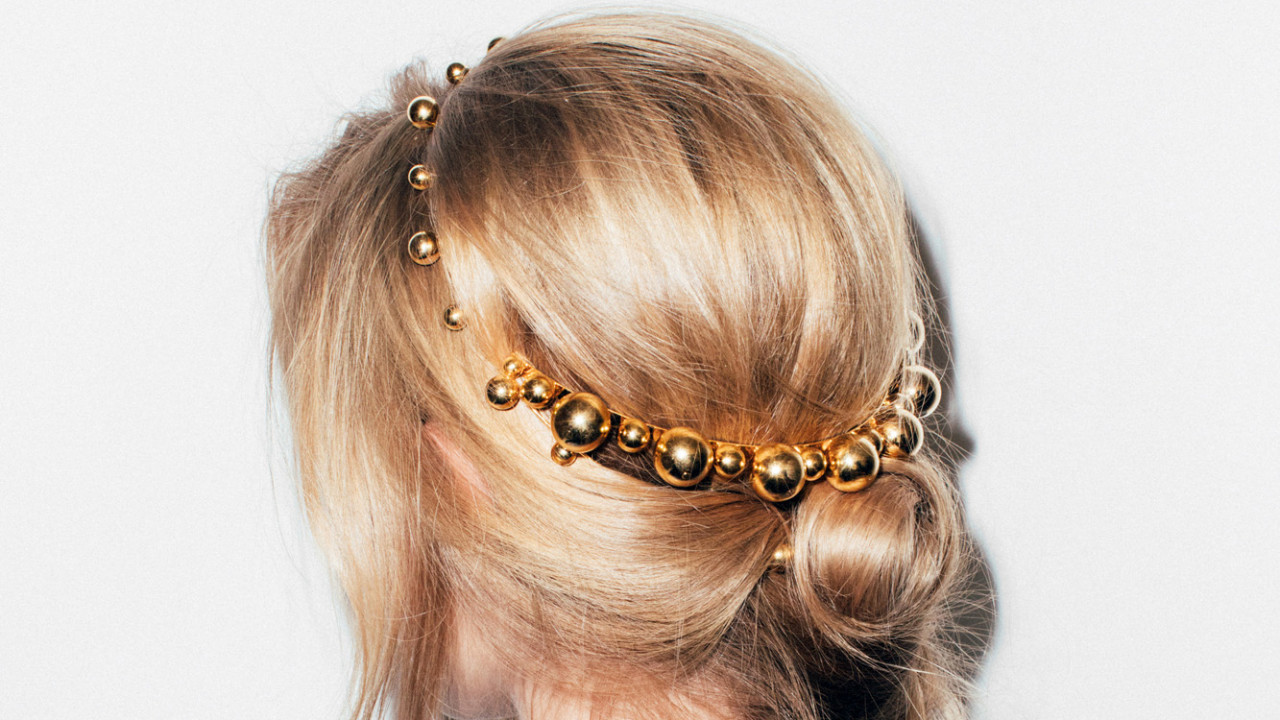 shop hair accessories for wedding day