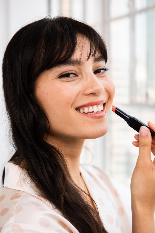 shiseido colorgel lipbalm summer beauty staple