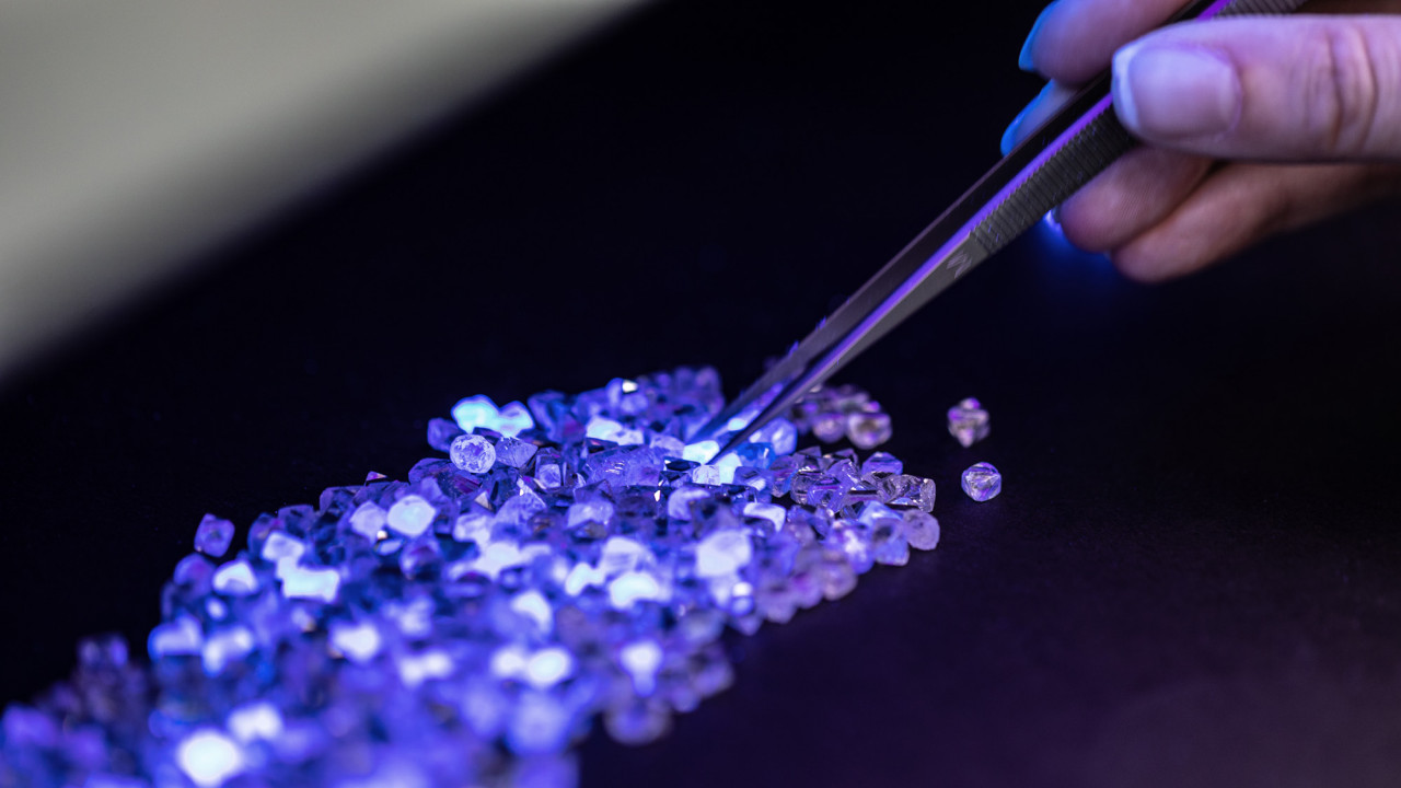 I Traveled 9,000 Miles for the World's Most Beautiful Diamonds