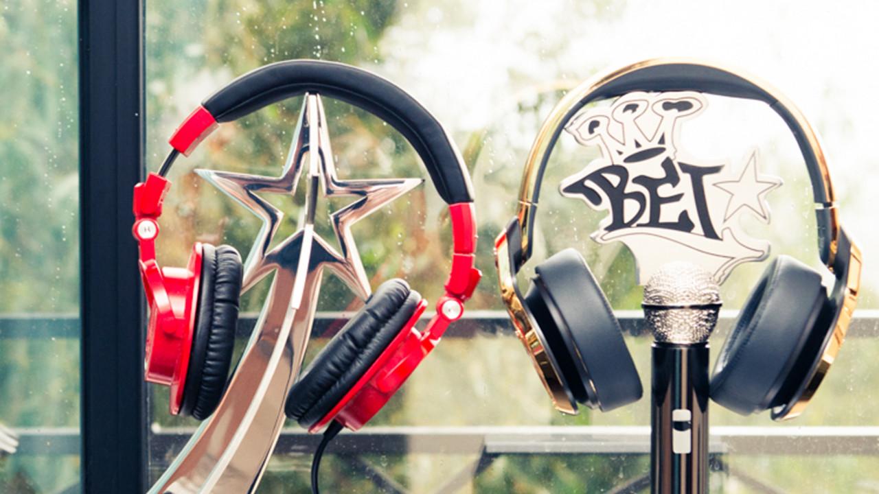 shop chic headphones