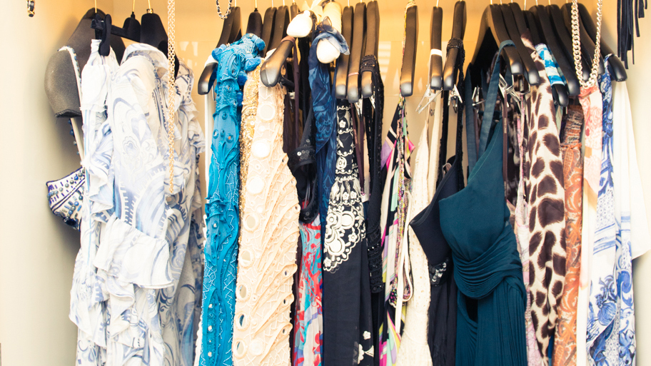what coveteur staffers wear to summer weddings