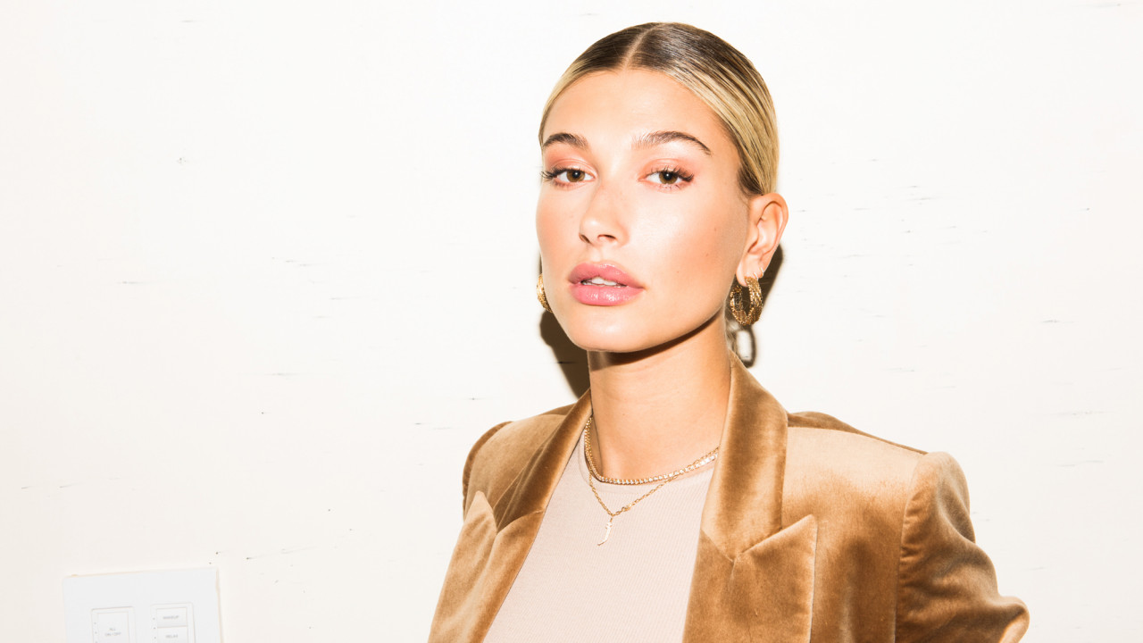 hailey bieber new vogue paris photoshoot