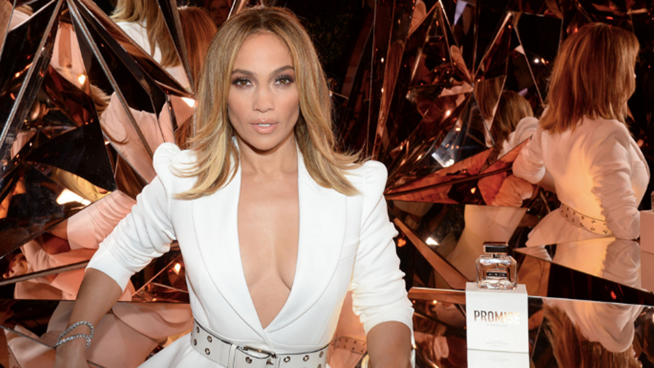 Jennifer Lopez Just Launched Her 25th Scent