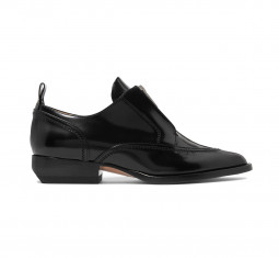 Rylee Glossed Leather Brogues by Chloé