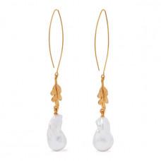oscar de la renta gold tone pearl earrings